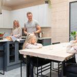 hirsitalo keittiö